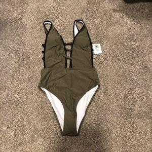 Cupshe Women's one piece suit